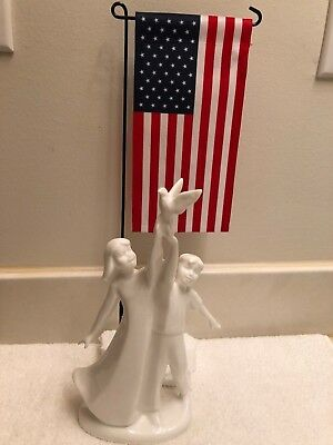 """Royal Doulton  """"Independence"""" Figurine HN4375  Save the Children"""