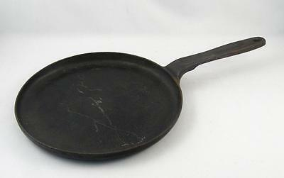 Antique/vintage Cast Iron Pancake Pan Skillet Griddle   9 1/2``