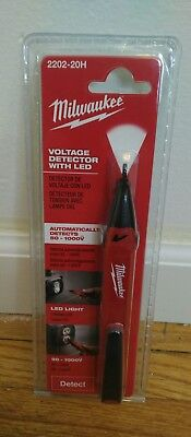Milwaukee Voltage Detector Pen 2202-20 Non-Contact With Bright Work LED Light