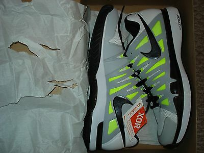 NIB Nike Federer ZOOM VAPOR 9 TOUR White Tennis Shoes 488000-100 Size 8.5 RARE