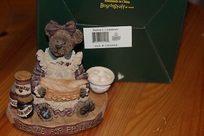 Boyds Bear resin Patricia L. Cooksbeary (Longaberger) Exclusive Issue