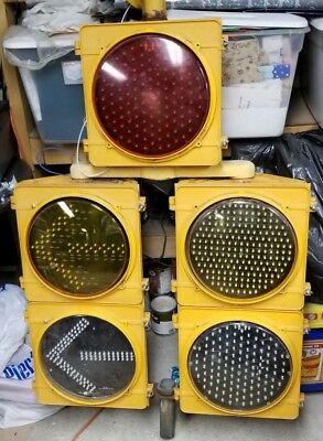 McCain 5 Section Doghouse Traffic Signal