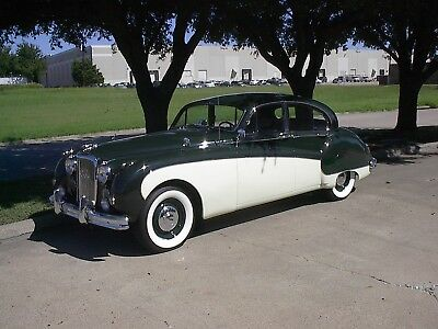 1961 Jaguar Mark IX  1961 Mark IX, Excellent, Air Conditioned,55,000 Miles, Automatic, Power Steering