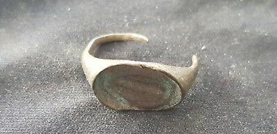 Superb Roman bronze ring part in uncleaned condition L83L