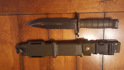 US Lan Cay M  9 bayonet with scabbard !!!