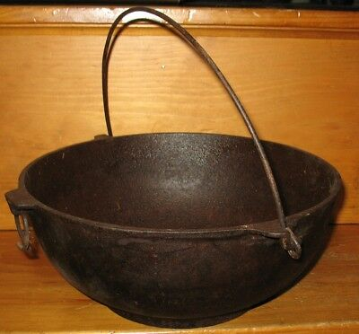 Old Antique Vintage Cast Iron Griswold 4 Scotch Bowl 732 Kettle