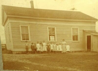 old vtg antique Photograph of a OLD ONE 1 ROOM SCHOOLHOUSE w/ children & teacher