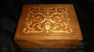 Small Sorrento ware wooden box.Vintage/antique.Lovely quality.