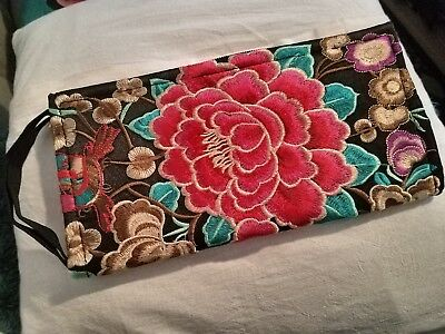 Mexican Hand Embroidered Clutch Wallet - NEW
