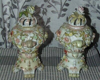 CHIC ANTIQUE Potpourri Urns SCHIERHOLZ Porcelain Flowers CHIPPY SHABBY Germany