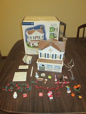 Department dept 56 ~ YEAR ROUND HOLIDAY HOUSE snow village MIB complete
