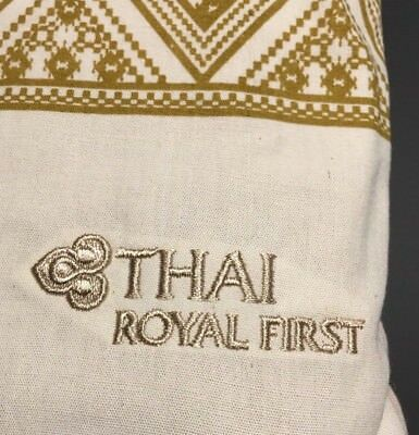 Thai Airways - Royal First Class - Schlafanzug - Pyjama - Grösse L - Farbe: Sand