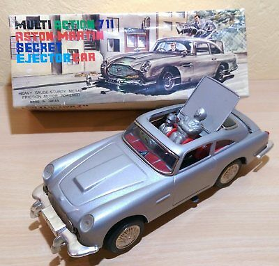 "UNITED JAPAN  MULTI ACTION 711 ""ASTON MARTIN-JAMES BOND"" mit OVP"
