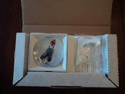 """""""little Traveler"""" Zolan Miniature Plate 1St Issue Times To Treasure Series 1993"""