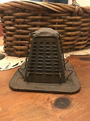 VINTAGE Antique 4 Slice TOASTER Stove Top Campfire Decor
