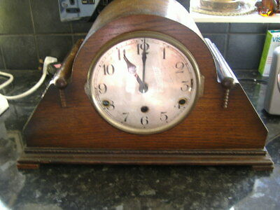 Wooden Oak Large Mantel Clock, Two Chimes,westminister,and Whittington Chimes.