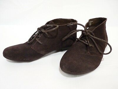 medieval-style brown suede boots - children's 7M - great for reenacting!