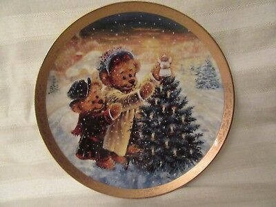 Topping The Tree with Joy Beary Merry Christmas plate w/COA Bradford Exchange