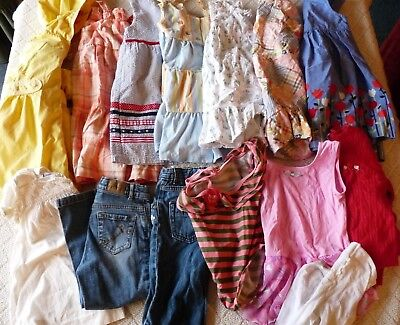 GIRL'S 14 PC SPRING/SUMMER CLOTHING LOT SIZE 4T NAME BRANDS Janie & Jack/Gym