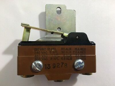 MICRO SWITCH 139278 AUXILIARY 10Amp @120Vac 1-NO/1-NC Contact