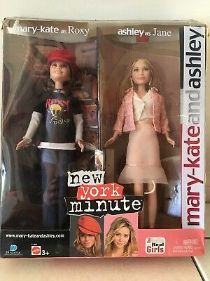 Mary Kate and Ashley New York Minute Dolls with Box Rare Like New Condition