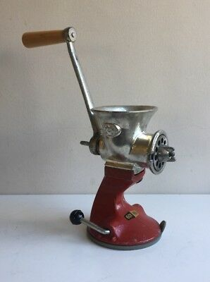 Vintage Cast Iron Spong & Co Kitchen Meat Mincer 601 Retro British Kitchenalia