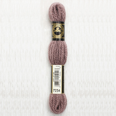 DMC Tapestry Wool 7234 - Light Cocoa - 8m Skein