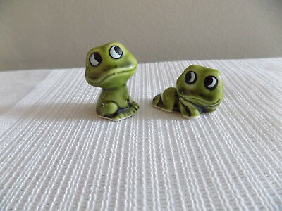 VINTAGE Frog GLAZED CERAMIC FIGURINES MADE IN JAPAN Miniature Lot of 2 CUTE!!