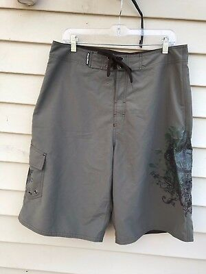 829bf48623 First Wave Board Shorts Swim Trunks Roundtree & Yorke Olive Green size 34