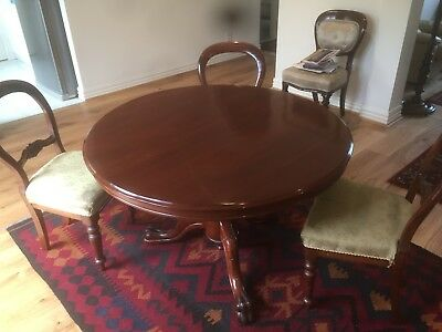 antique round table and 4 balloon back chairs in cedar