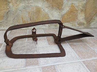 Antique Primitive 19th Century FORGED Vintage Iron HUNTING OLD ANIMAL TRAP