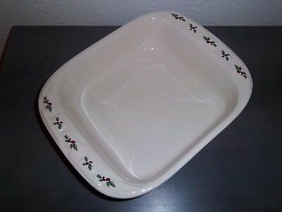 Longaberger Pottery ~ Casserole Baking Dish 8x8 ~ TRADITIONAL HOLLY ~ RETIRED