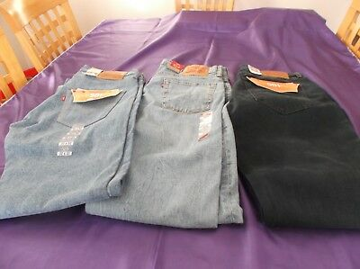 JOB LOT of 3 Pairs of Levi Strauss & Co.Jeans. Size 32 Waist. Brand New Jeans.