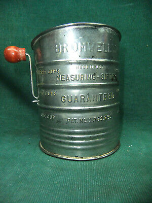 Vintage Bromwell 3 Cup Measuring Sifter Red Wooden Handle