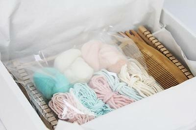 Weaving Kit with Wooden Loom - green/peach/cream