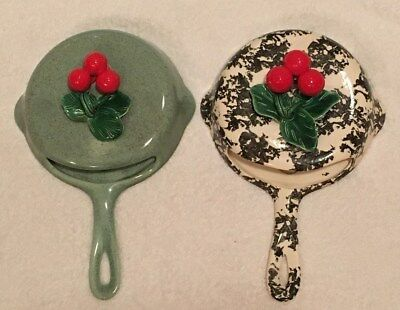 VTG Jan's of California Rare Porcelain Wall Pocket Frying Pan w/Holly, Set of 2