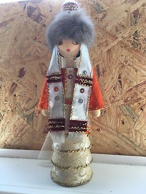 Kazakh Girl in Weeding clothes/Doll for decoration/Author's work/GGG-Kazakhstan