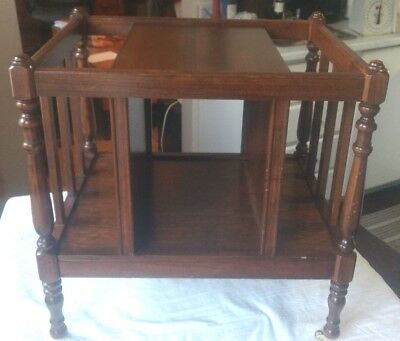 Vintage 1989 Wood Butler Speciality Co. Chicago Magazine / Book / End Table