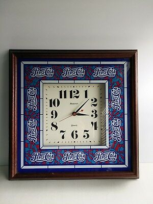 Pepsi-Cola Soda Hanover Quartz Battery Wood Frame Clock  WORKS Great