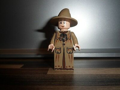 Lego Professor Sprout Slope Legs from set 4867 Hogwarts NEW 4649173