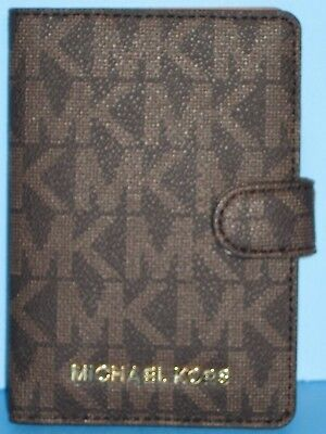 New-with-Tags Michael Kors Signature Jet Set PVC Passport Case Holder in Brown