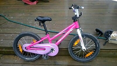 631ce444818 Girls Specialized Hotrock 16 inch Pink bike with removable stabalisers
