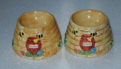 Pair Of Winnie The Pooh Egg Cups A4442 Disney Collectable 2005 Border Fine Arts