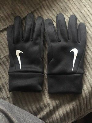 Nike Hyperwarm Field Player Gloves - Youth.
