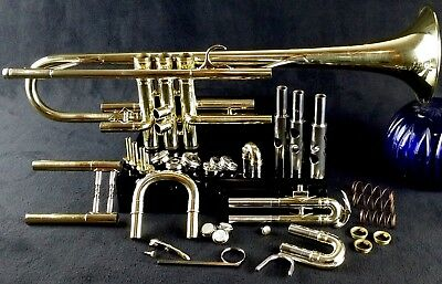 King Super 20 S2 Model (large bore) 1048 Bb Trumpet with Case and Bach 5C MP