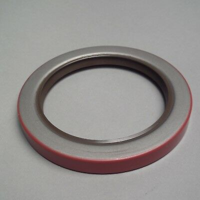 Oil Seal Equivalent to FEDERAL MOGUL 417493 / NATIONAL 417493 / HYSTER 2035568