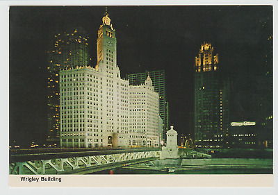 """Wrigley Building at Night, Chicago, Illinois, 1970s 4"""" X 6"""" Postcard"""