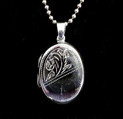 Handcrafted Solid 925 Sterling Silver Etched Floral Oval Locket Pendant