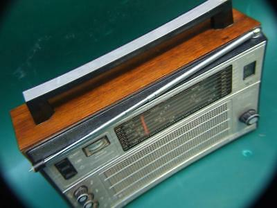 Vintage 8 Band Radioreceiver  Selena  B.215  Made In Ussr  ( Russia ) By Tento