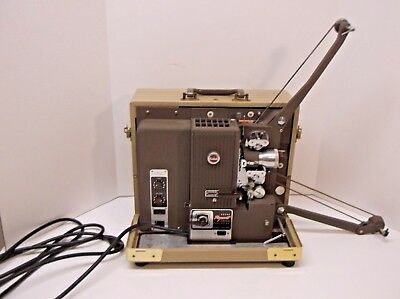 Kodak Pageant 16mm Film Sound Projector w Hard Case and Suede Cover Nice!